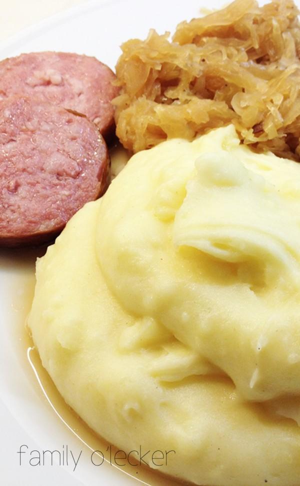 Oma's Klassiker: Sauerkraut mit Kartoffelpüree